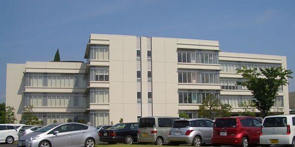 2-06toyotahospital2.jpg